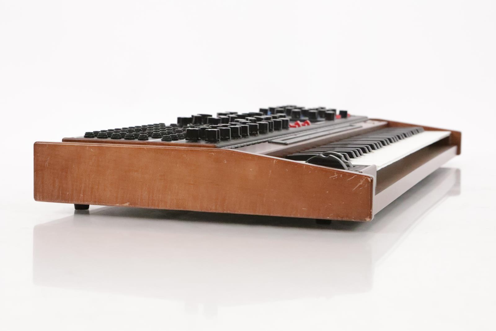 Moog Minimoog Voyager XL Synthesizer 61 Key Keyboard #36280