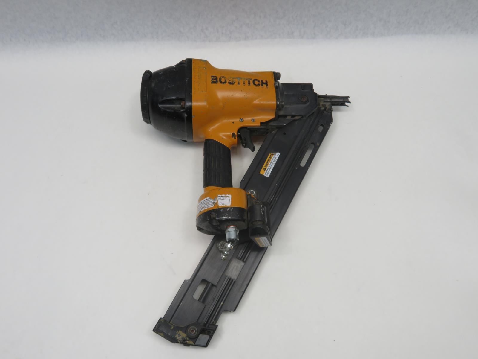 Metal Connector Nailer Bostitch F33PT 33-Degree Paper Tape Framing Nailer