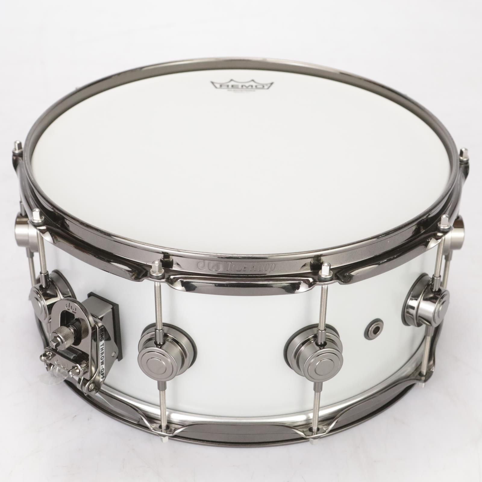 "DW Collector's Series 14"" x 6"" Aluminum Snare Drum w/ SKB Case #38570"