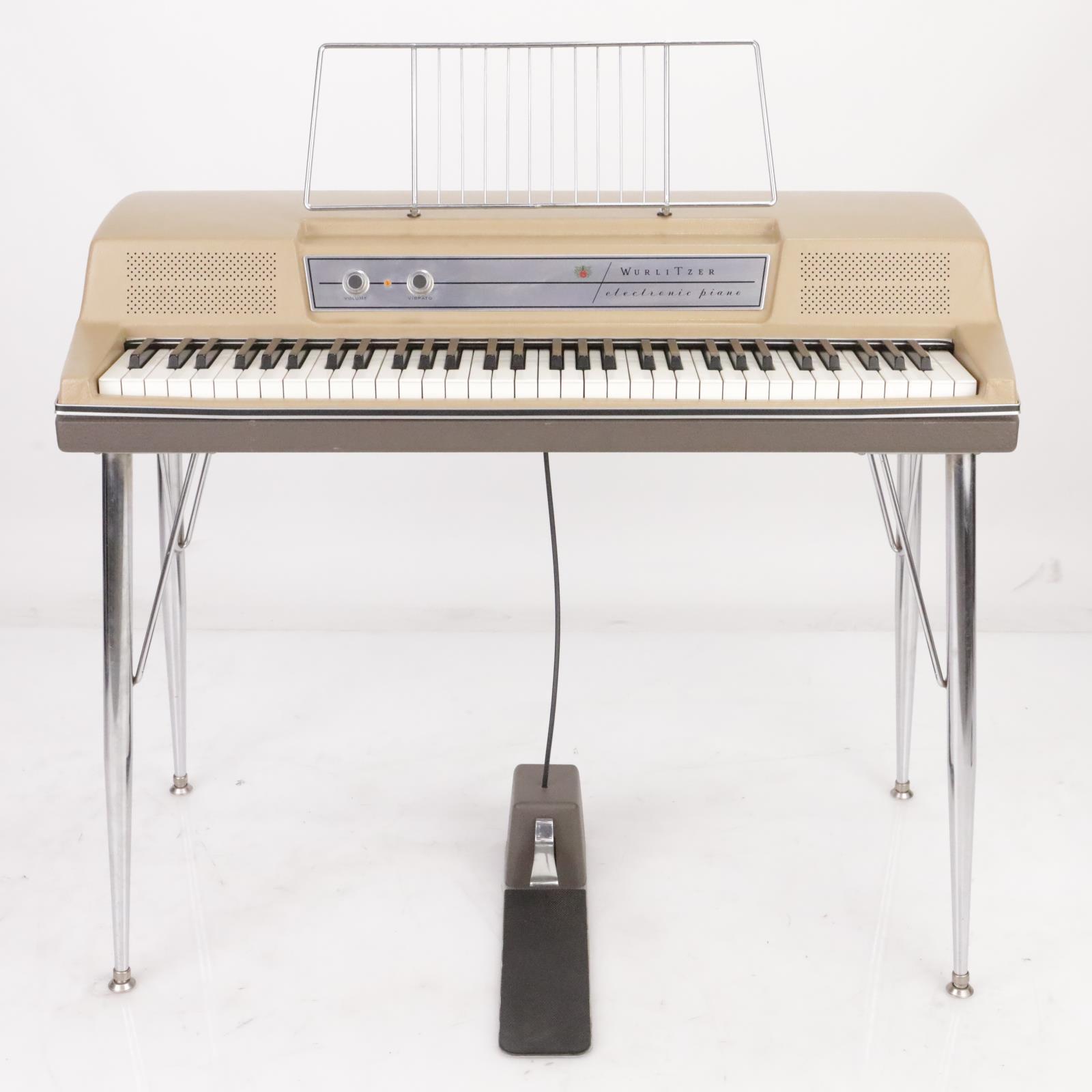 Wurlitzer 200 Electronic Electric Piano w/Legs & Cases Museum Piece! #39143