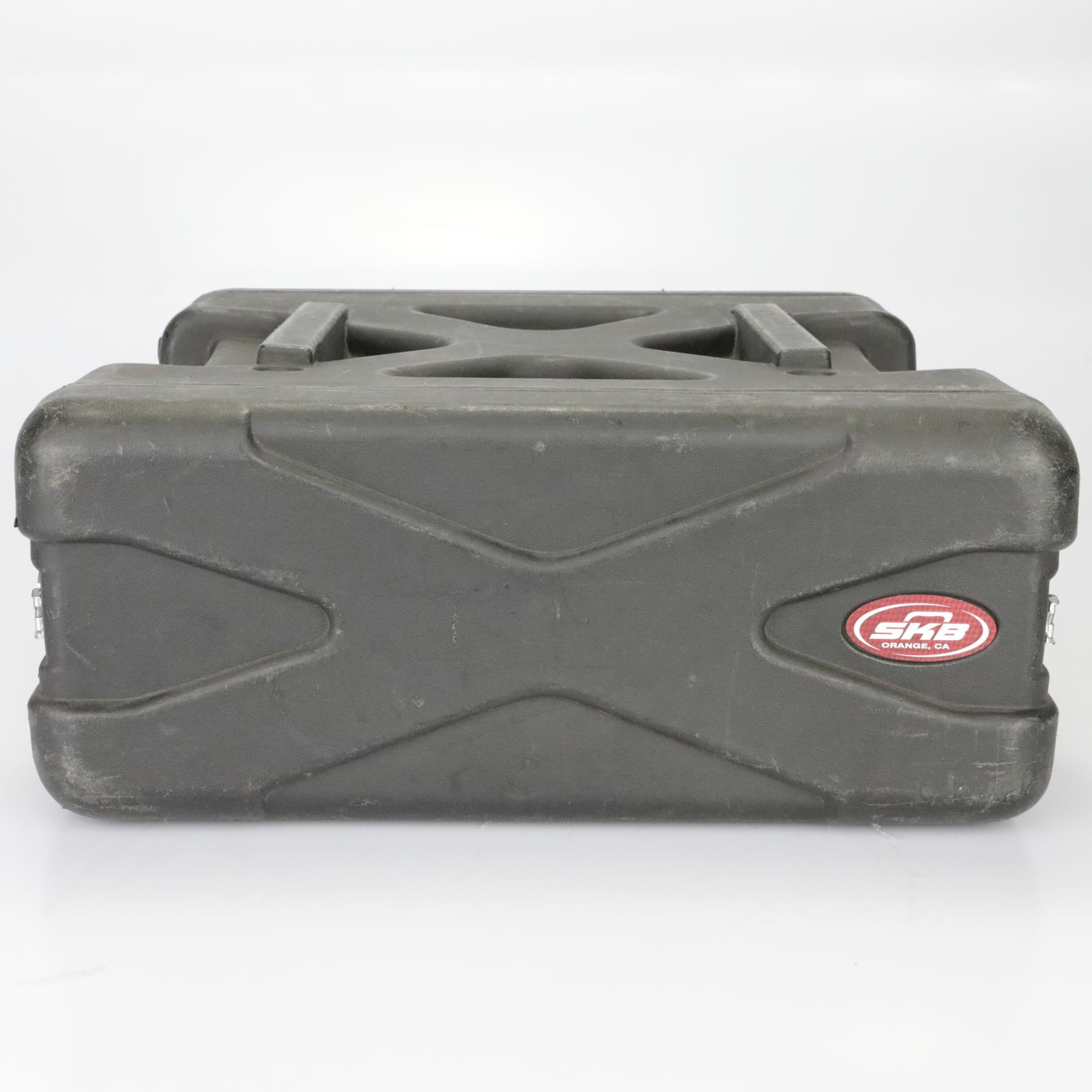 SKB 4U 4 Space Roto-Molded Road Rack Case Boys Like Girls #39459