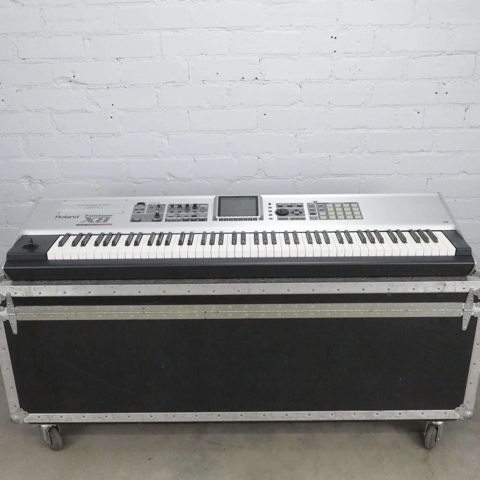 Roland Fantom X8 88-Key Synthesizer Keyboard Workstation w/ 256 MB RAM #40708