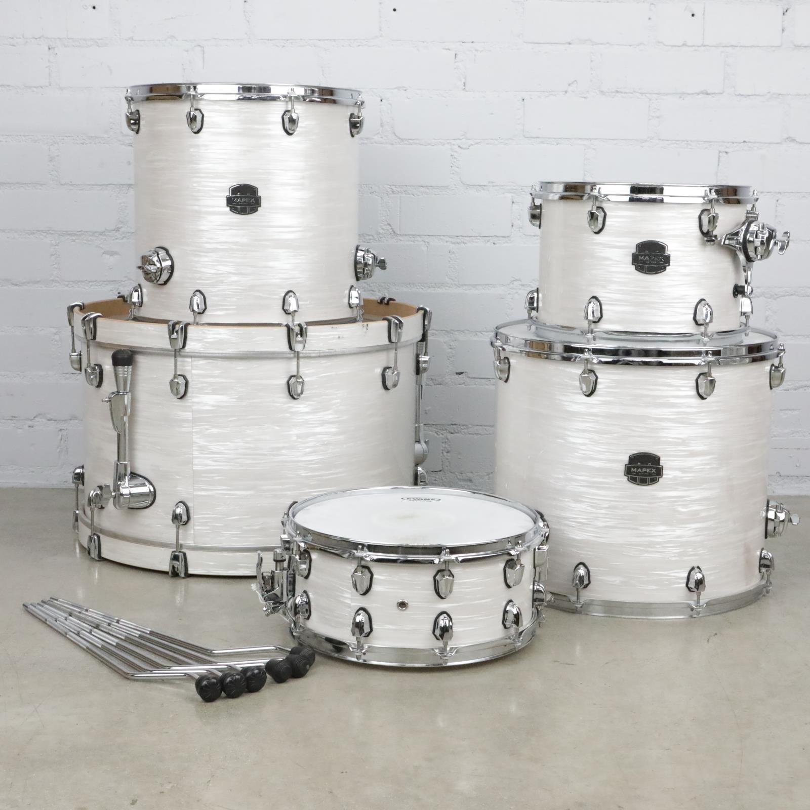 Mapex Saturn Series 5pc White Ribbon Marine Pearl Drum Set #41080