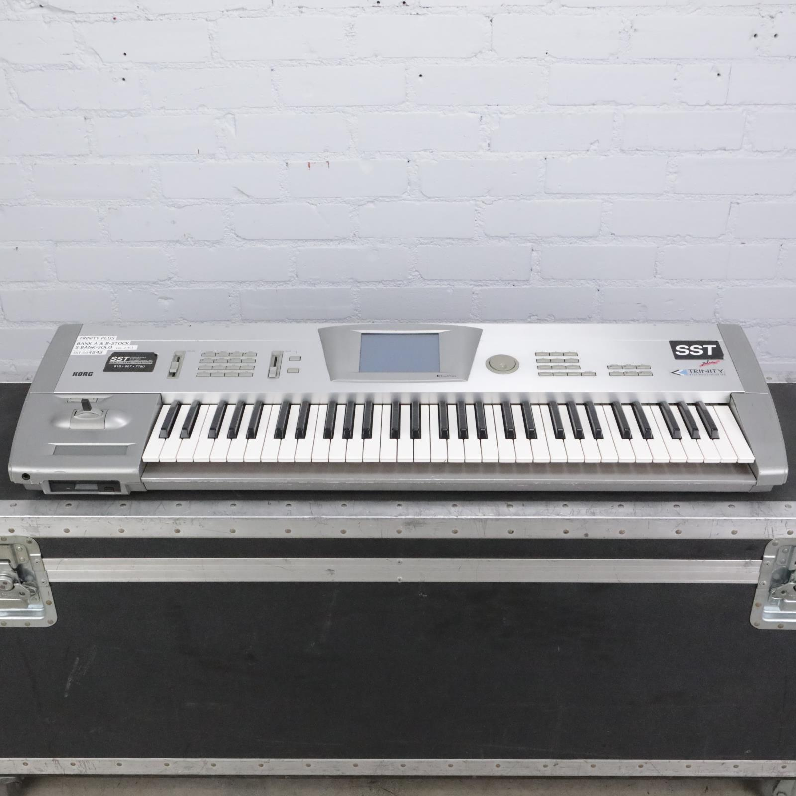 Korg Trinity Plus 61 Key Synthesizer Music Workstation #42235