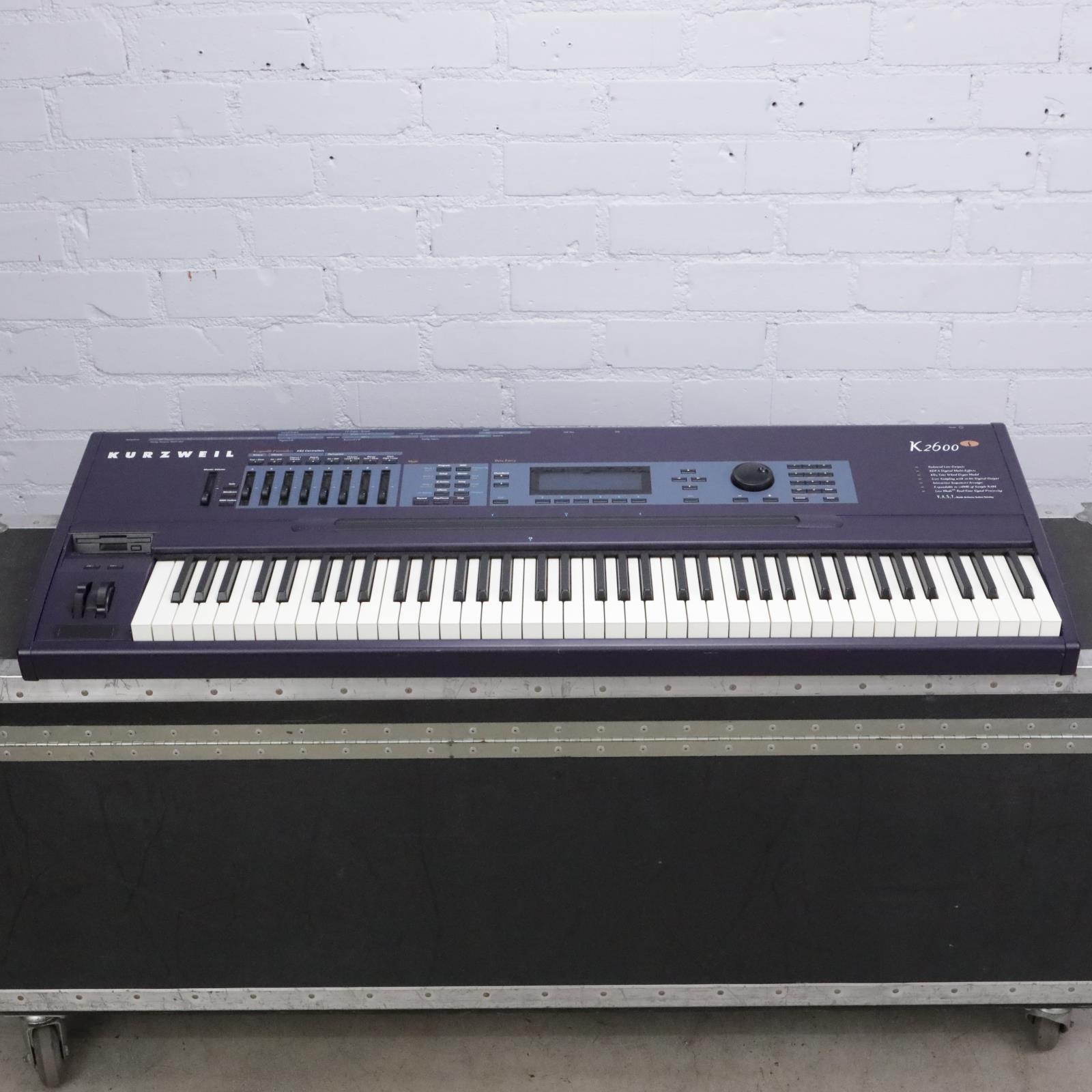 Kurzweil K2600S 76-Key Synthesizer Sampler Keyboard Workstation K2600 #43536