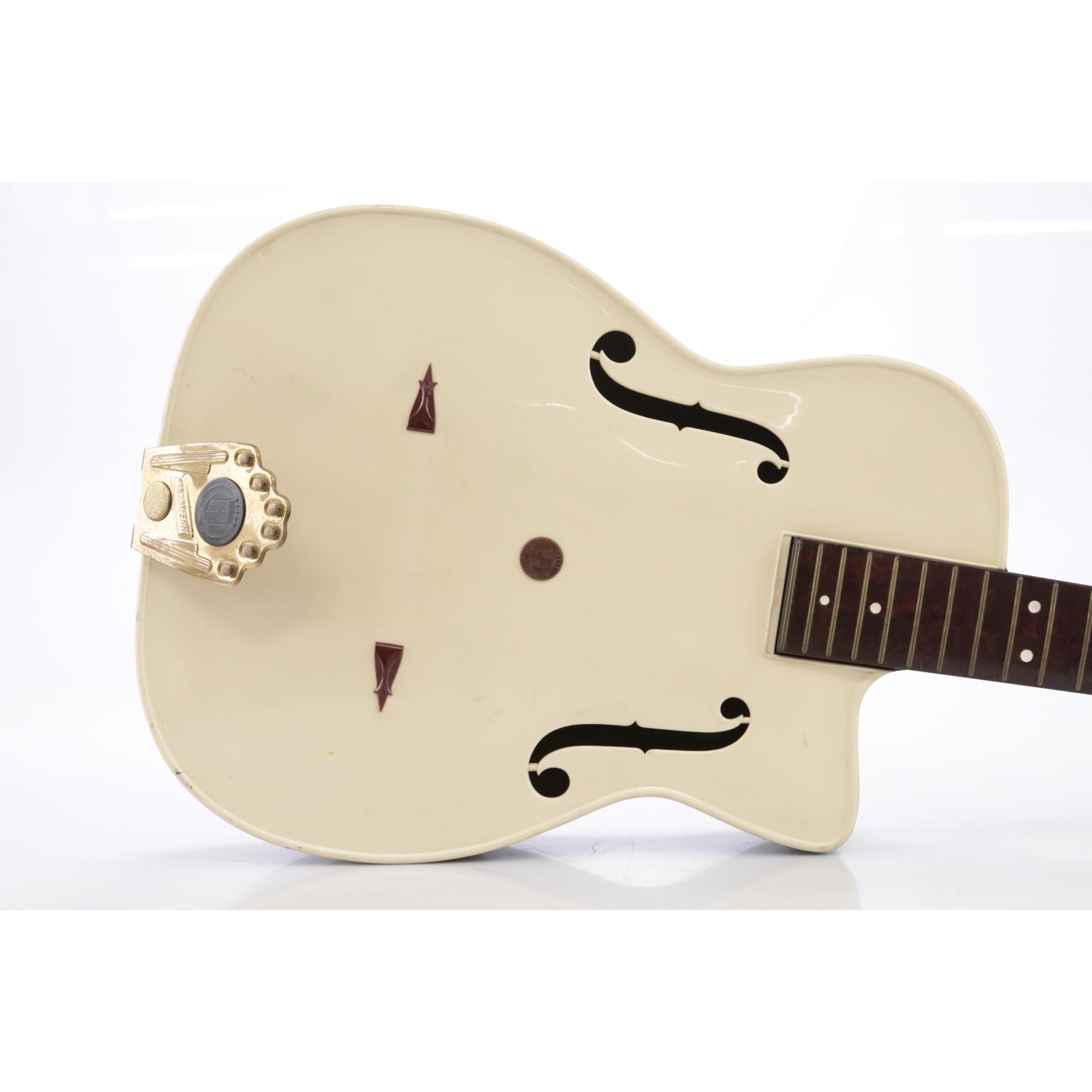 Maccaferri G40 Acoustic Guitar w/ Fender Soft Case #43823