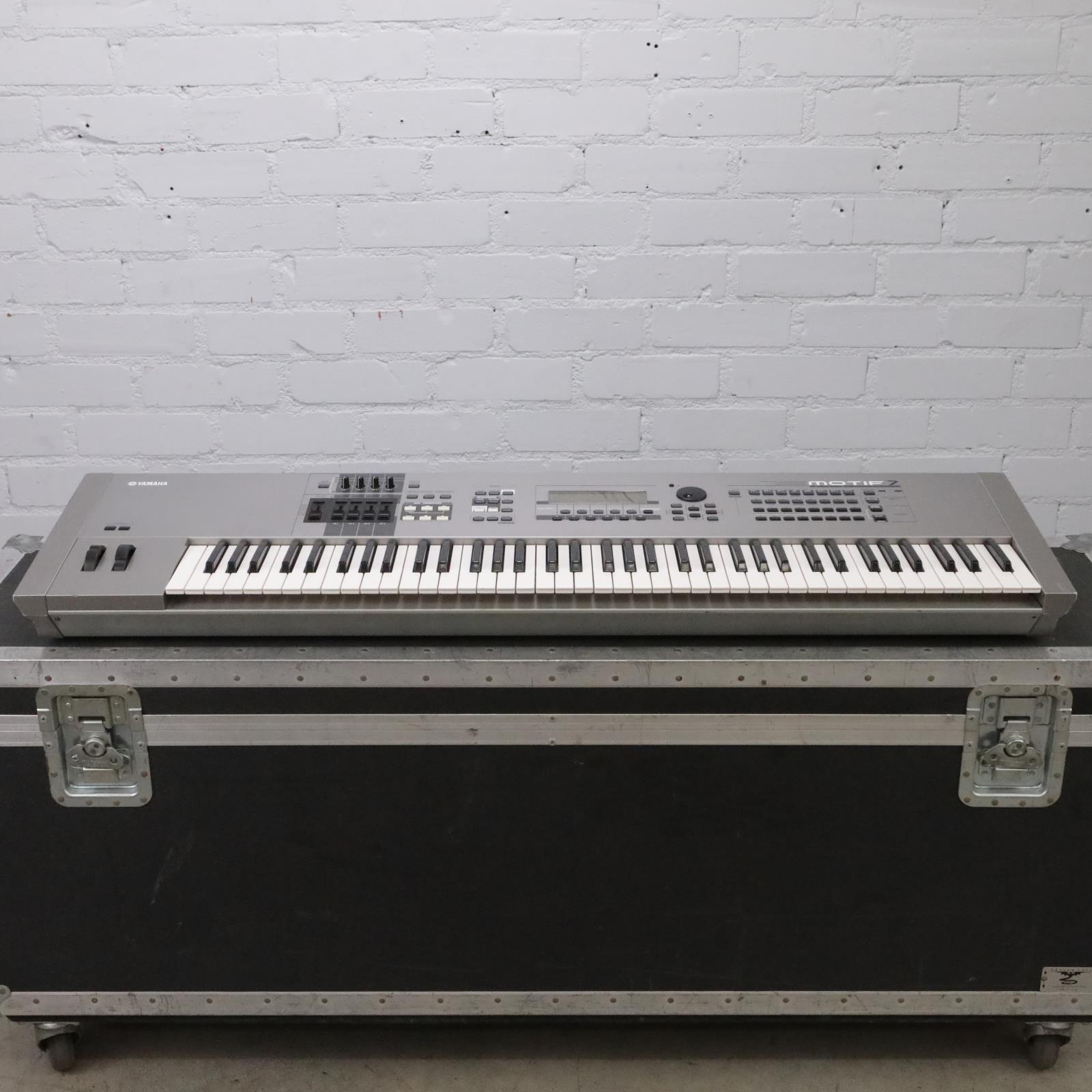 Yamaha Motif 7 76-Key Music Production Synthesizer w/Case Needs Service #44038