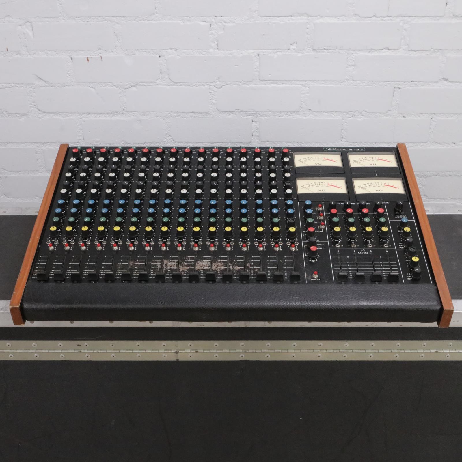 Studio Master 16 into 4 16-Ch Studio Analog Mixer w/ Original Case #44027
