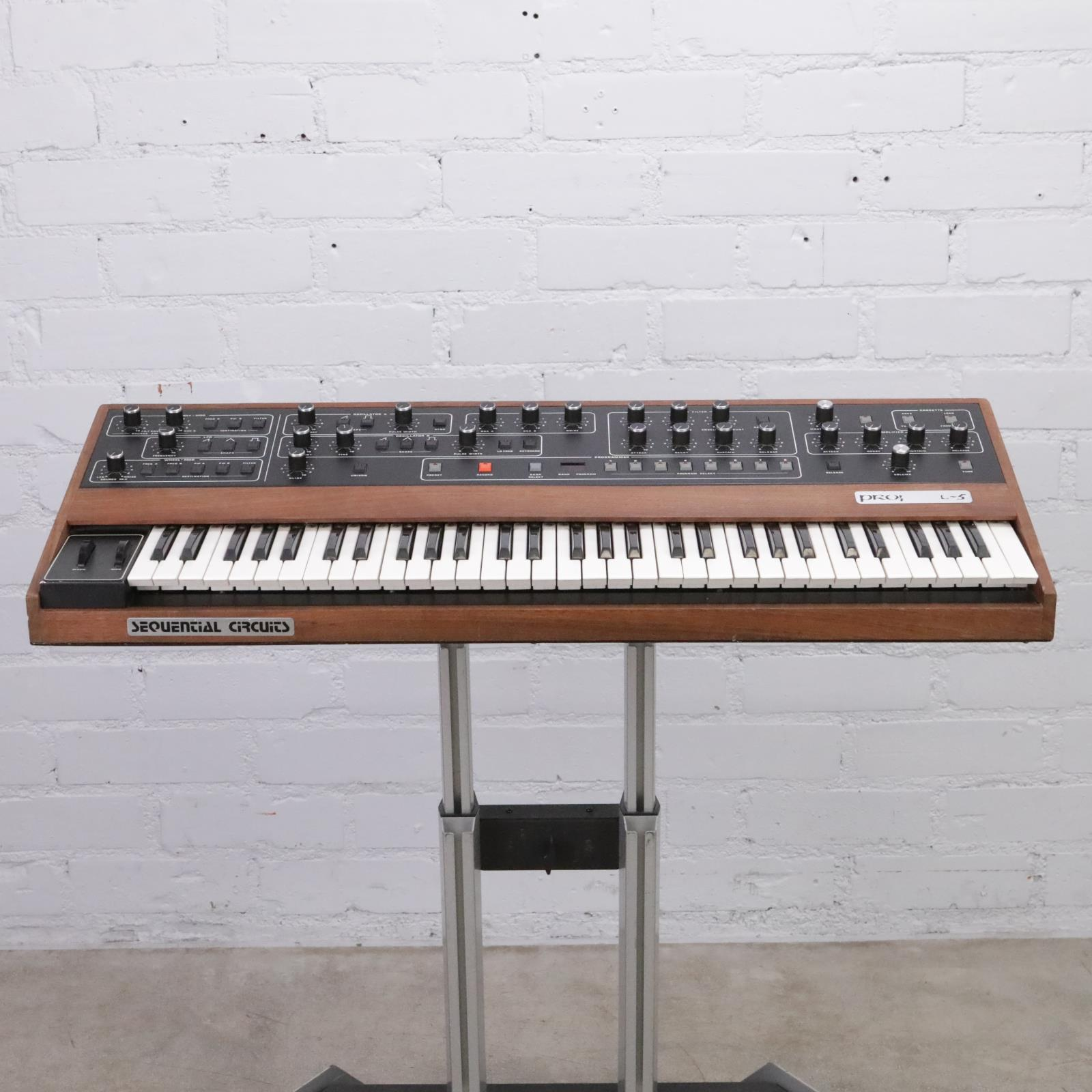 Vintage Sequential Circuits Prophet-5 Rev 3.2 Analog Synthesizer w/ MIDI #44482